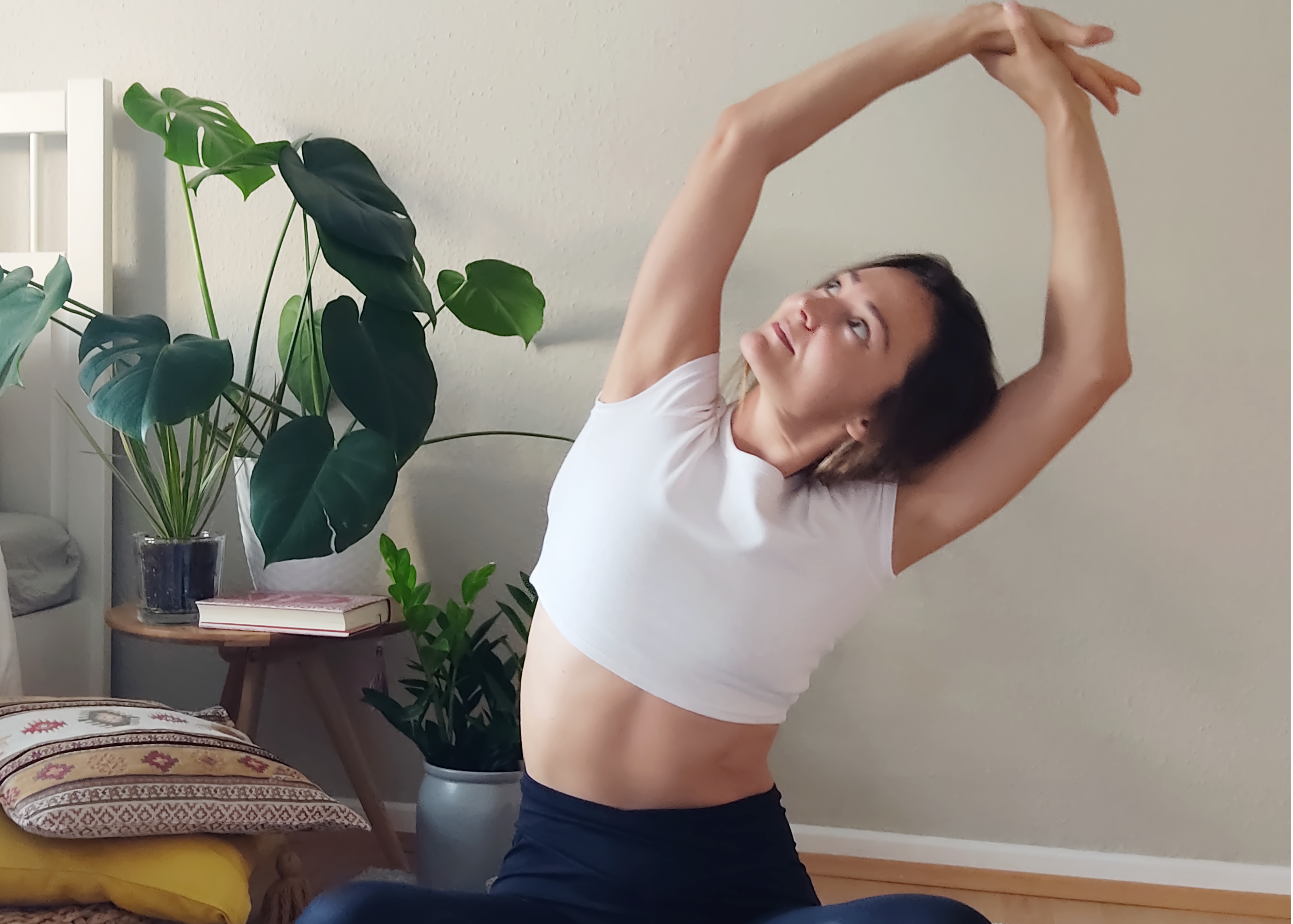 RELAX & STRETCH with RESTORE YOGA - for all levels